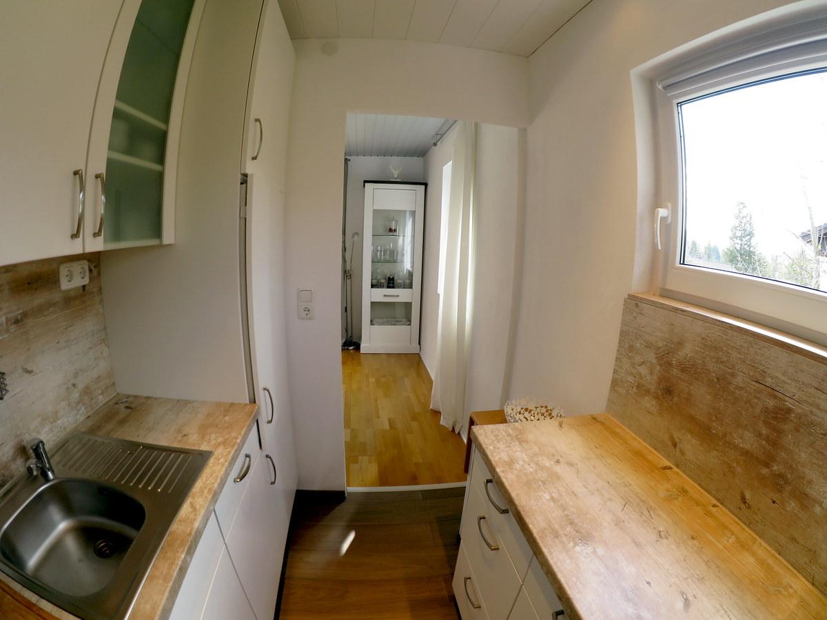 :Offene Küche zum Wohnzimmer