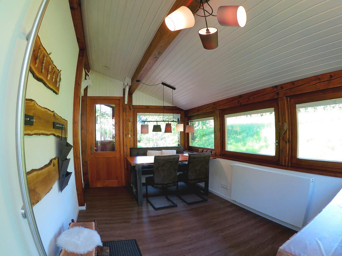 Herzlich Willkommen:Komplett neu renovierter Anbau als zusätzliches Zimmer.