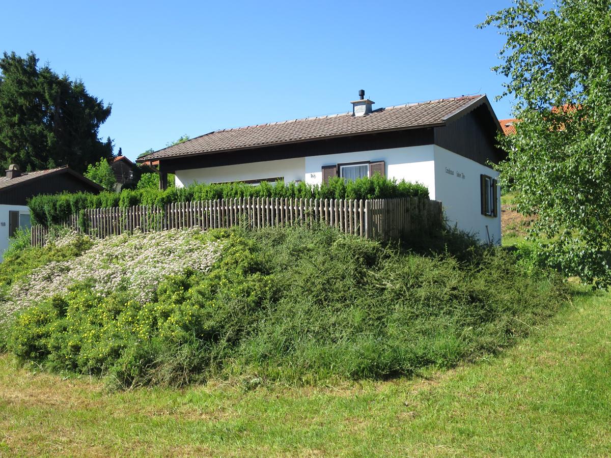 Schwarzenbachweg 16