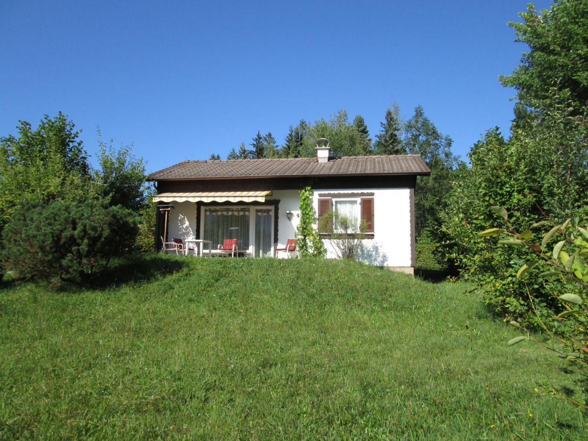 Schwarzenbachweg 17