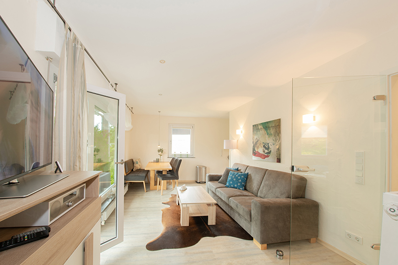 Wohnzimmer mit Essplatz:
