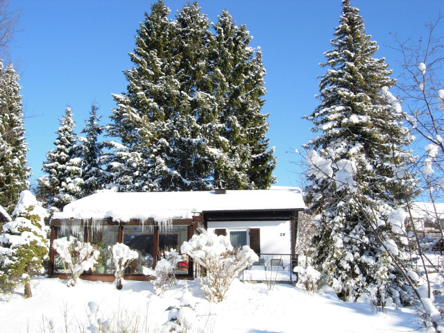 Das Ferienhaus im Winter: