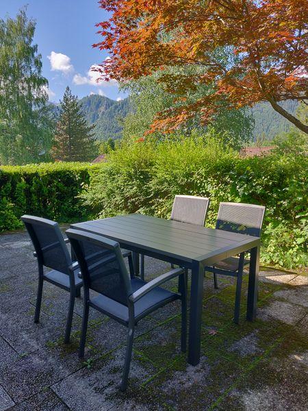 :Sitzgruppe auf der Terrasse